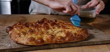האקדמיה ללחם: בצק מדויק להפליא לפיצה ולפוקצ'ה