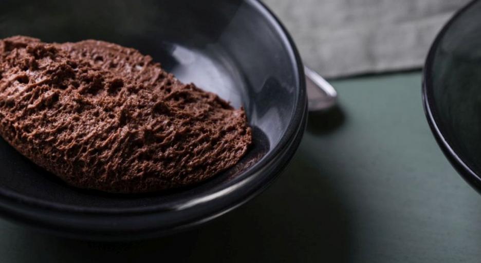 אוורירי וממכר: מוס שוקולד