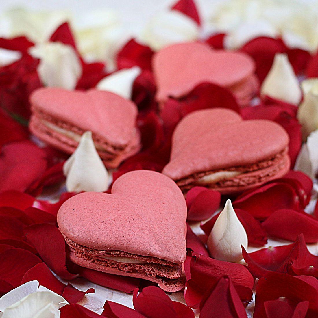 המקרונים של ארמה לוולנטיינס - בצורת לב ובארומת ורדים