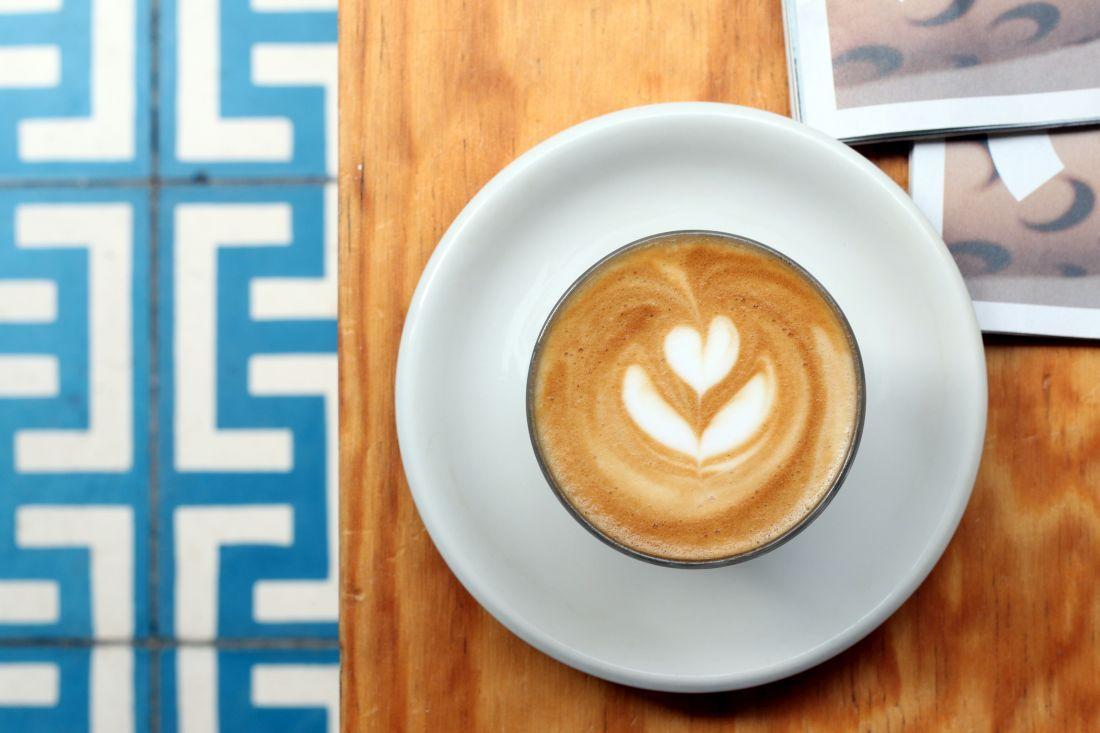 קפה באוב-לה-די, סמוך לרחוב ברטאן