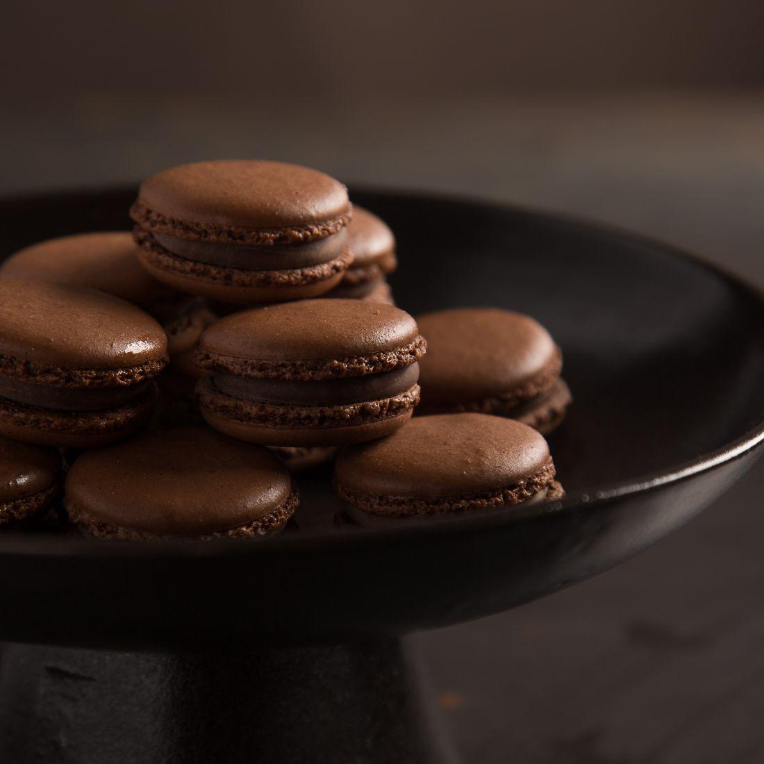 מקרון שוקולד של הבייקרי