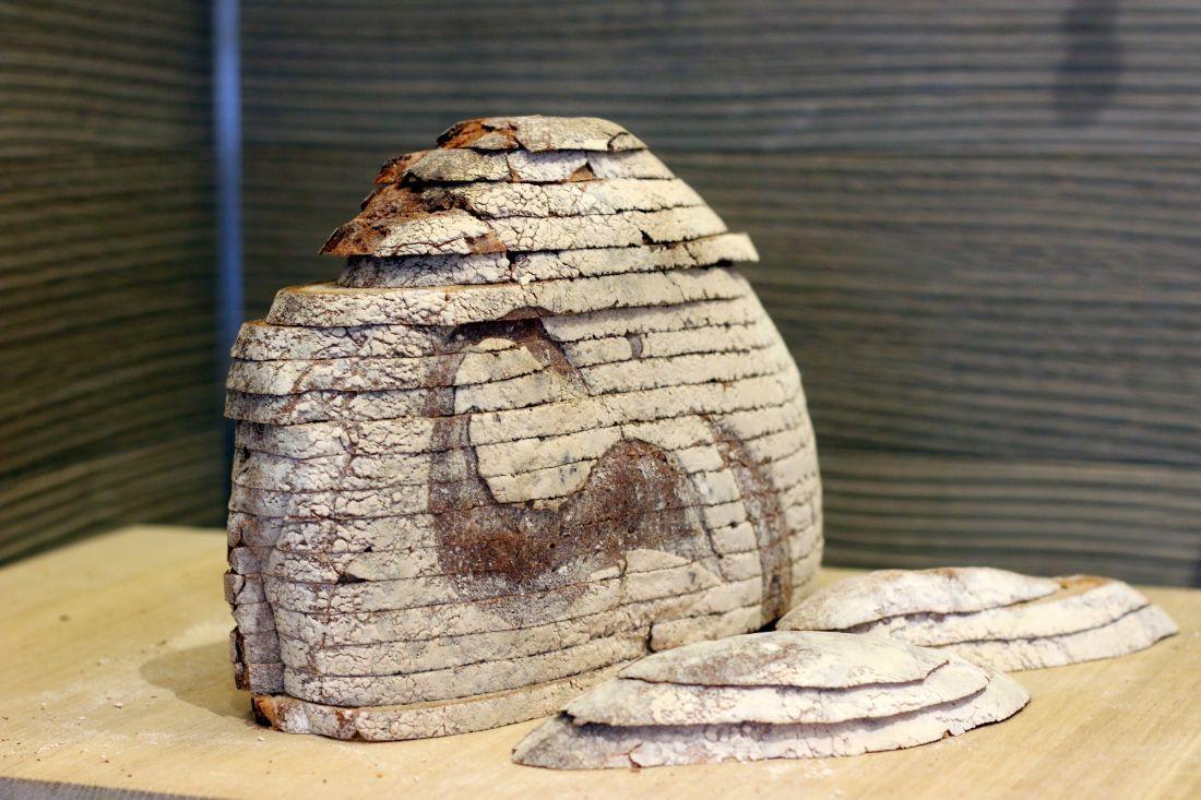 כן, בפואלין אפשר לרכוש לחם בפרוסות