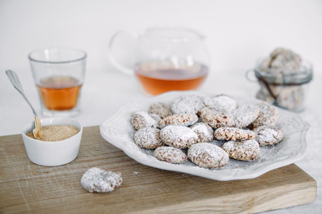 צלחת עוגיות אמרטי