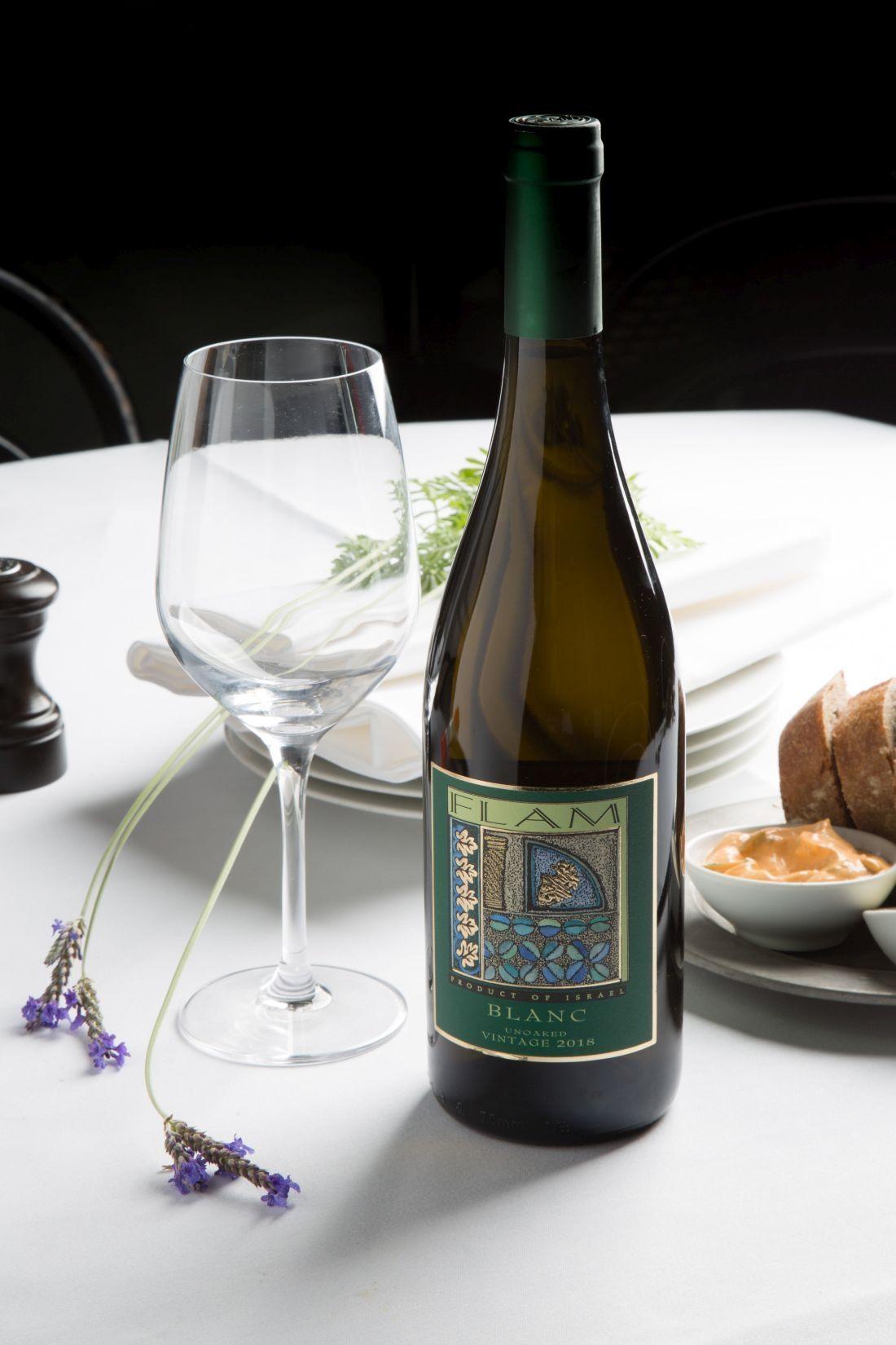 ממשיכים עם פלם בלאנק, יין שכולו פריכות רעננה וחמצמצה
