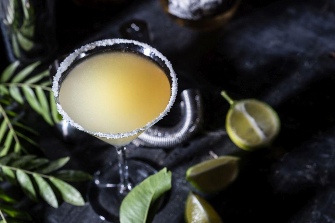 המרגריטה נחשבת לאחד הקוקטיילים הותיקים והפופולאריים בעולם, הקלאסית תתאים לחובב הקוקטיילים החמצמצים. צילום: טל סיון-צפורין