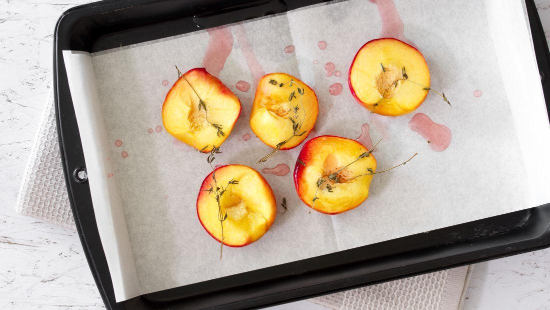 האפרסקים אחרי הצריבה בתנור