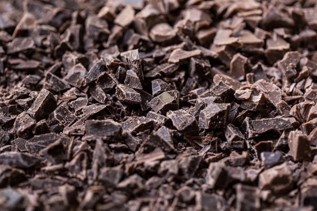 שוקולד מריר קצוץ