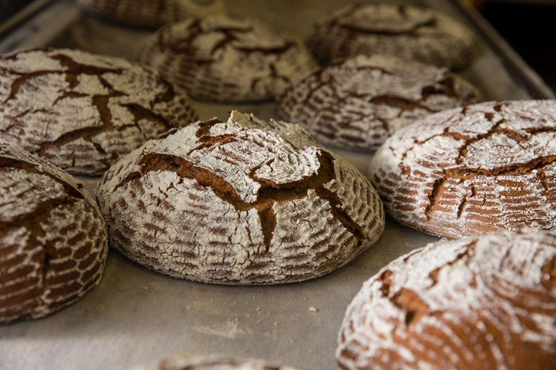 לחם מחמצת שיפון 90% של אורן