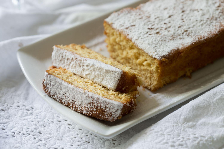 עוגת דבש לימון של הבייקרי - מתכון שאי אפשר ליפול איתו