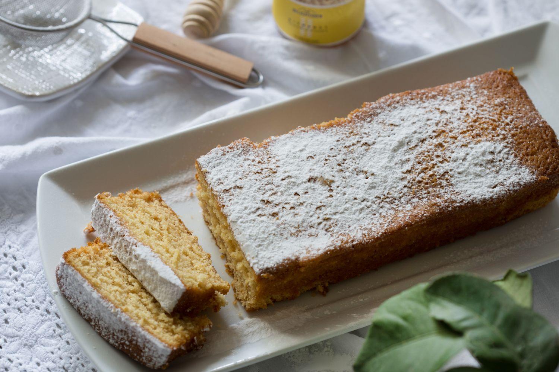 עוגת הדבש לימון של הבייקרי - הצעת הגשה