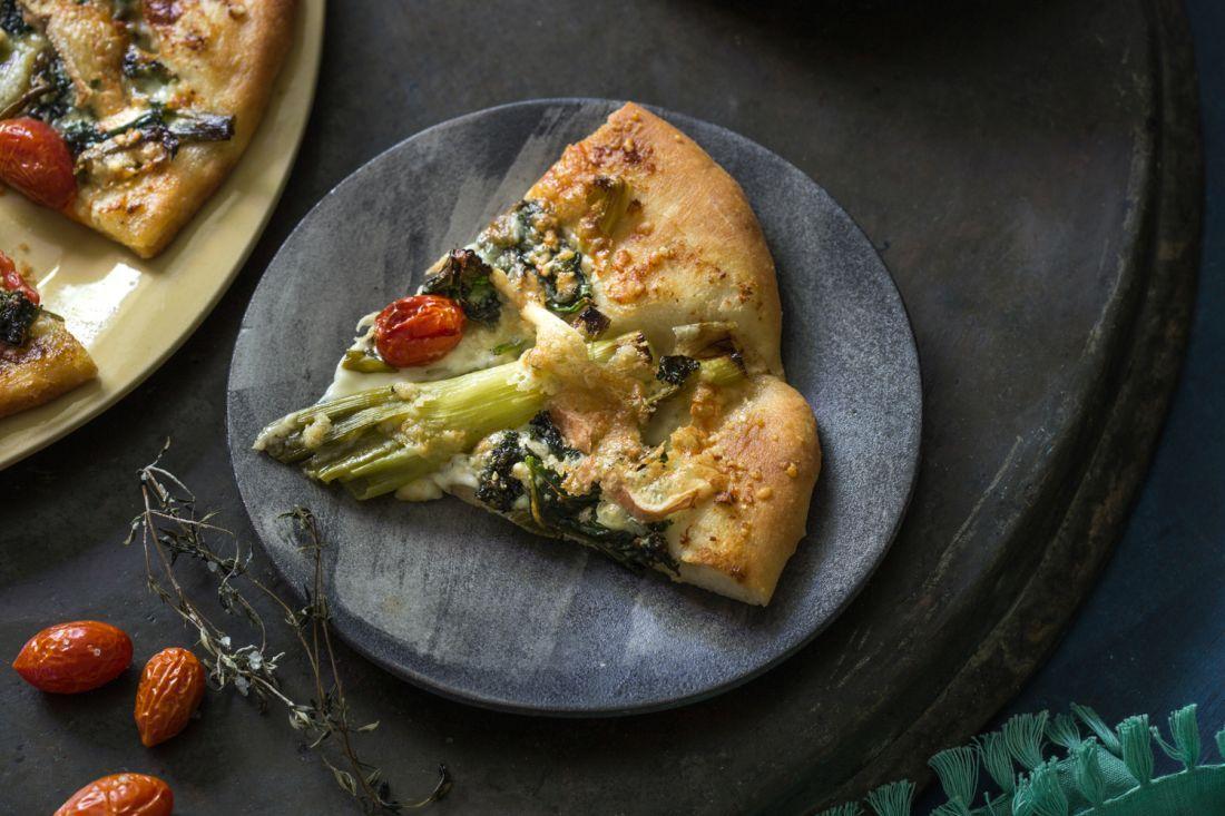 הפיצה בהגשה