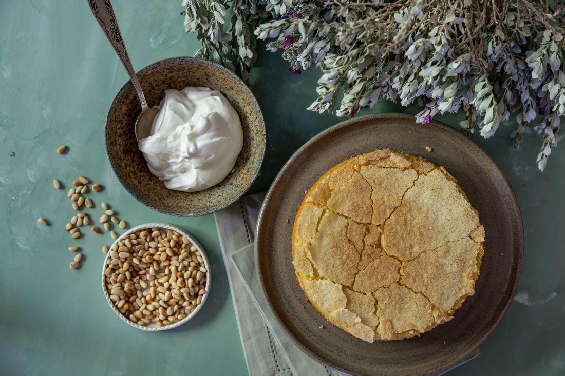 עוגת פולנטה לימון לפני הציפוי