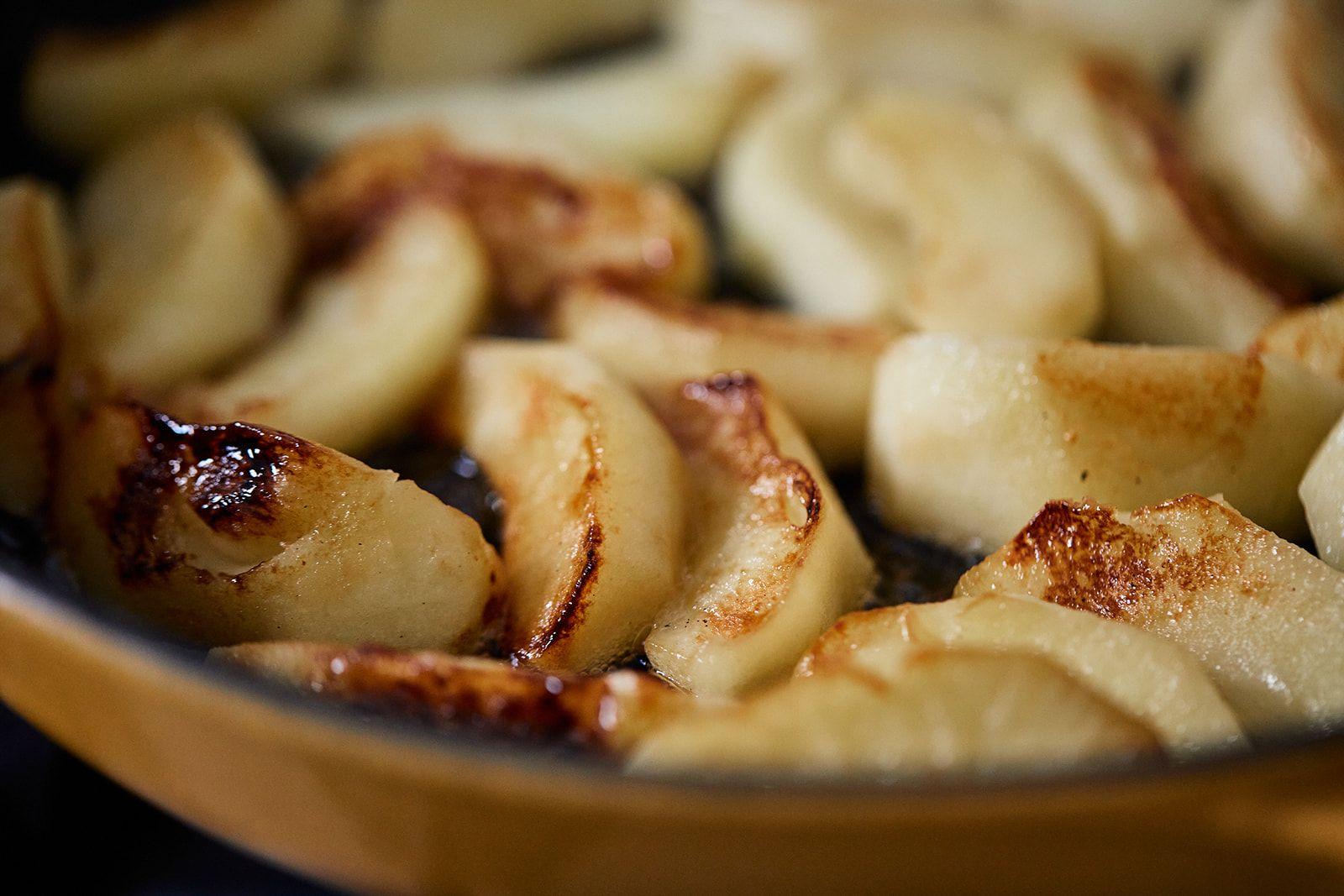 מתכון לכרישה מאודה ותפוחי עץ של הדליקטסן