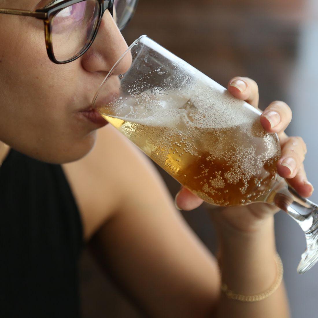 ולסיום, נגביה את הכוסות – כי לא משנה איזו בירה אוהבים, העיקר הוא ללגום ממנה בחברת הפרטנרים-לשתייה הכי טובים.