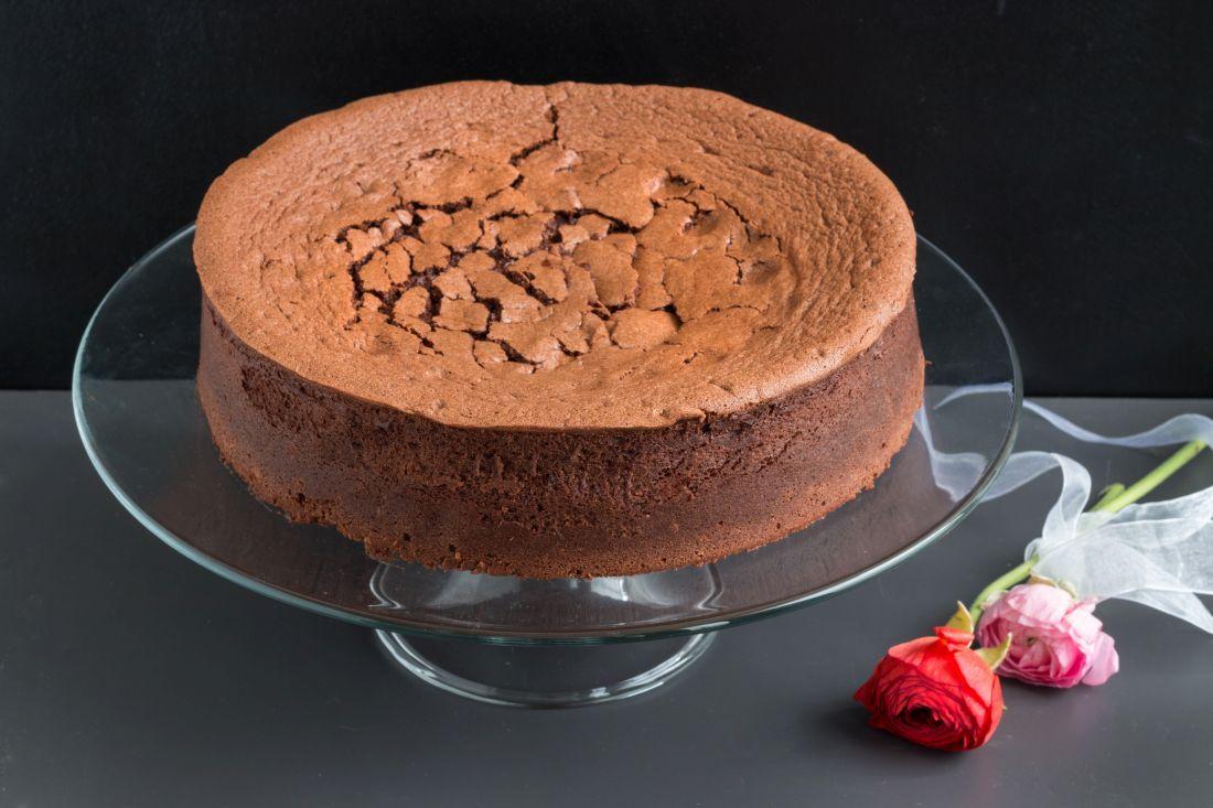 העוגה המוכנה. כשרה לפסח וטובה לנמנעים מגלוטן