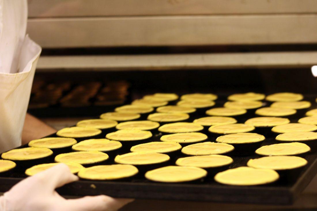 תבנית פסטל דה נטה בדרך לתנור
