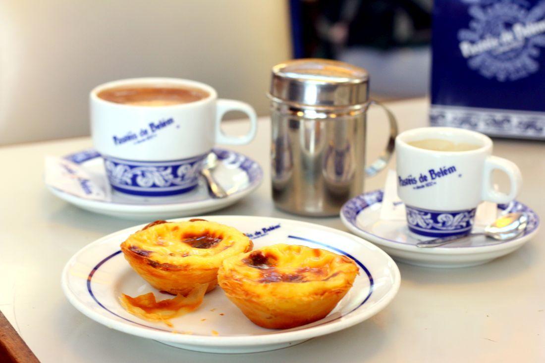 בבית הפשטש בבלם אפשר גם לשבת ולשתות קפה, אם מחכים מספיק זמן